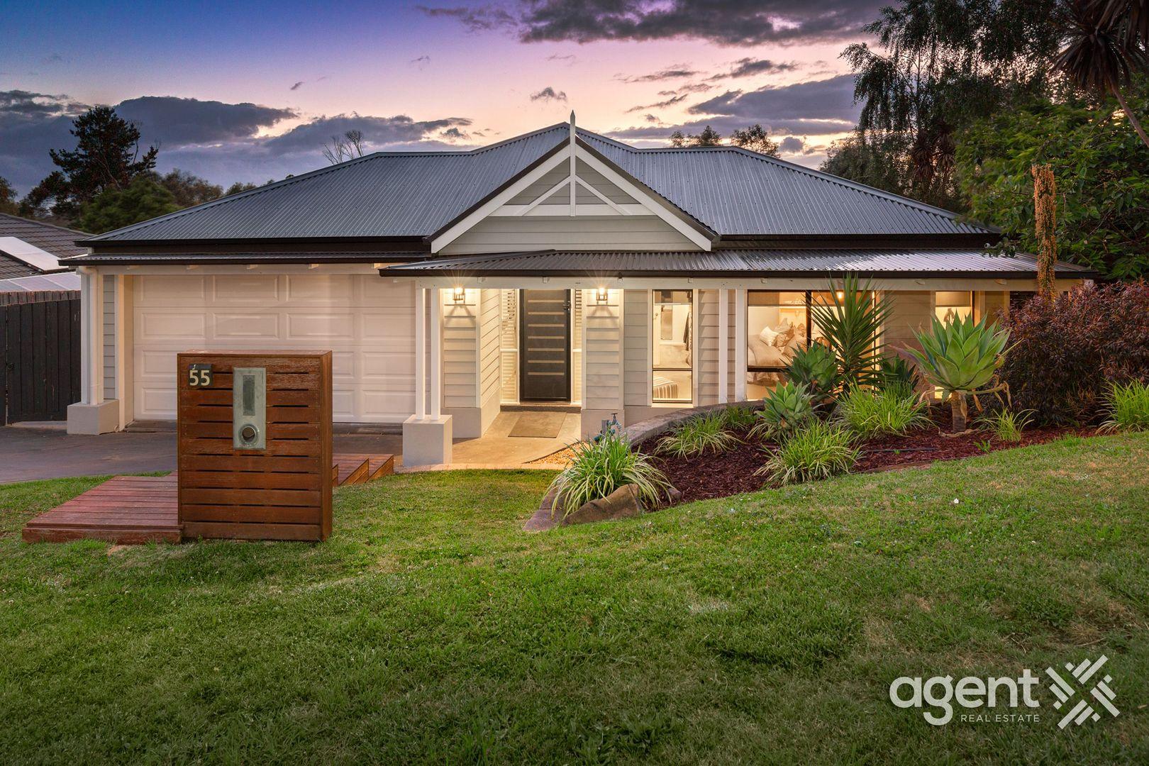 55 Portchester Boulevard, Beaconsfield VIC 3807, Image 0