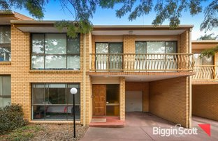 Picture of 2/6 Firth Street, Doncaster VIC 3108