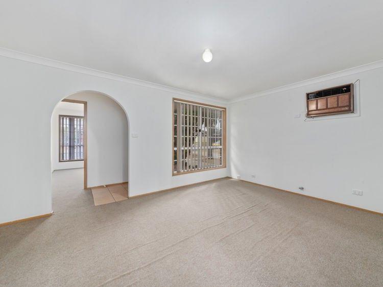 10 Carandini Street, St Helens Park NSW 2560, Image 1