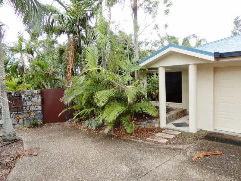 67 Parkwood Cres, Cannonvale QLD 4802, Image 0