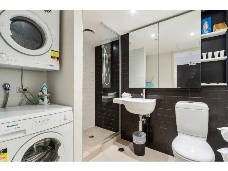 1234/572 St Kilda Road, Melbourne 3004 VIC 3004, Image 2