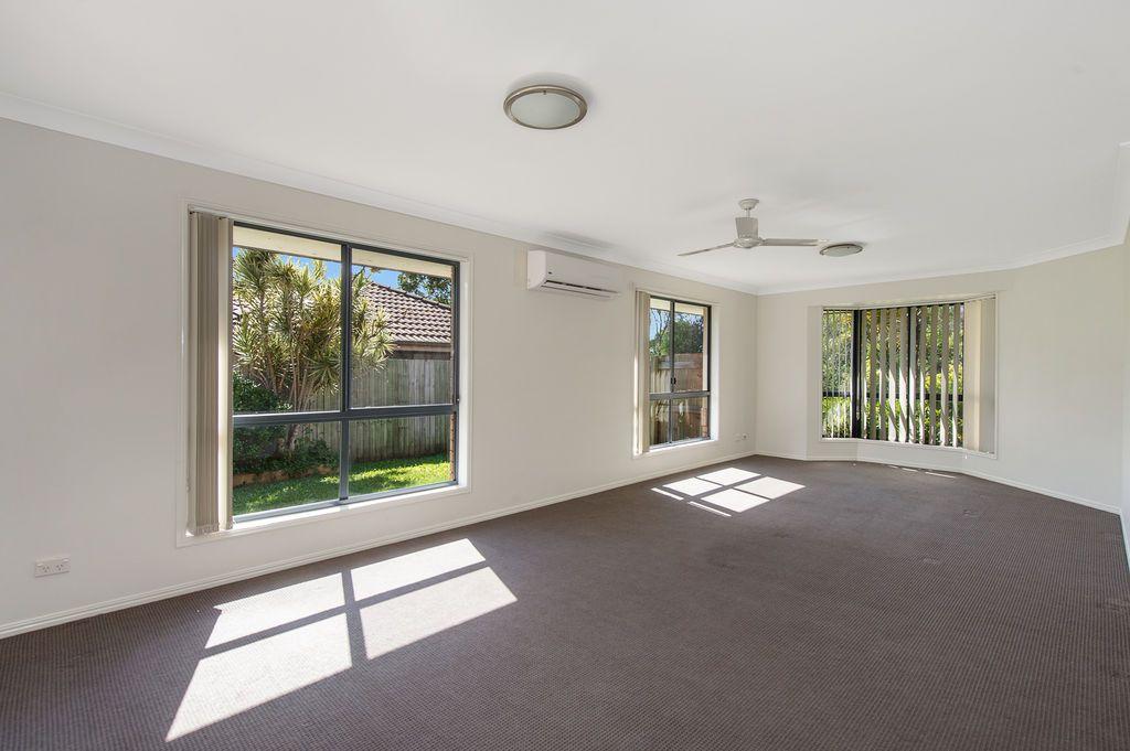 6 Glenshee Street, Upper Coomera QLD 4209, Image 2