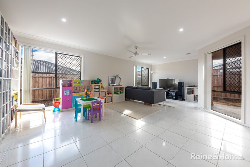 16 Gosse Crescent, Brookfield VIC 3338, Image 1