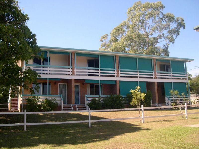 2/6 Wenitong Street, West Gladstone QLD 4680, Image 2