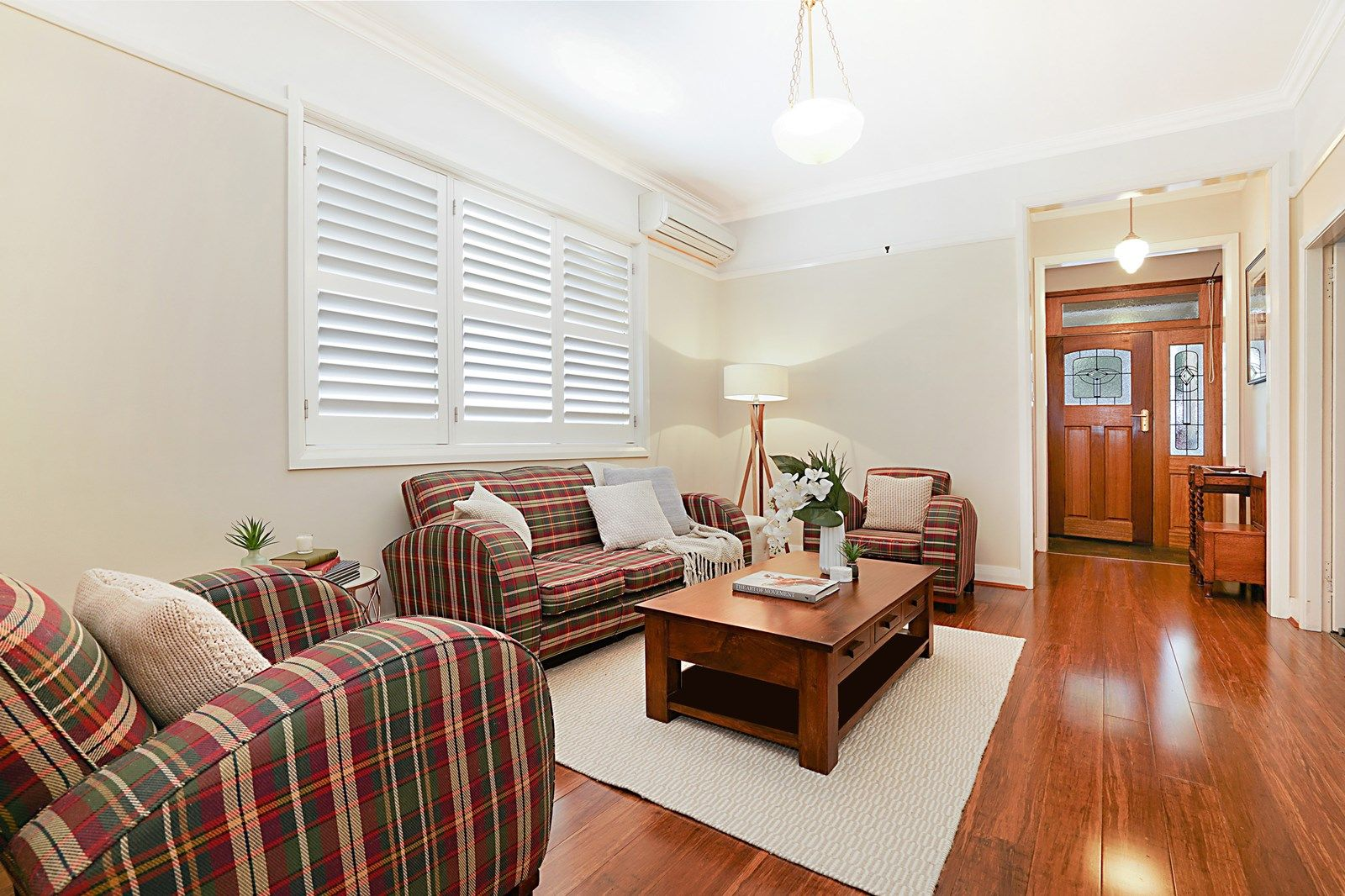 31 Kitchener Pde, Mayfield East NSW 2304, Image 2