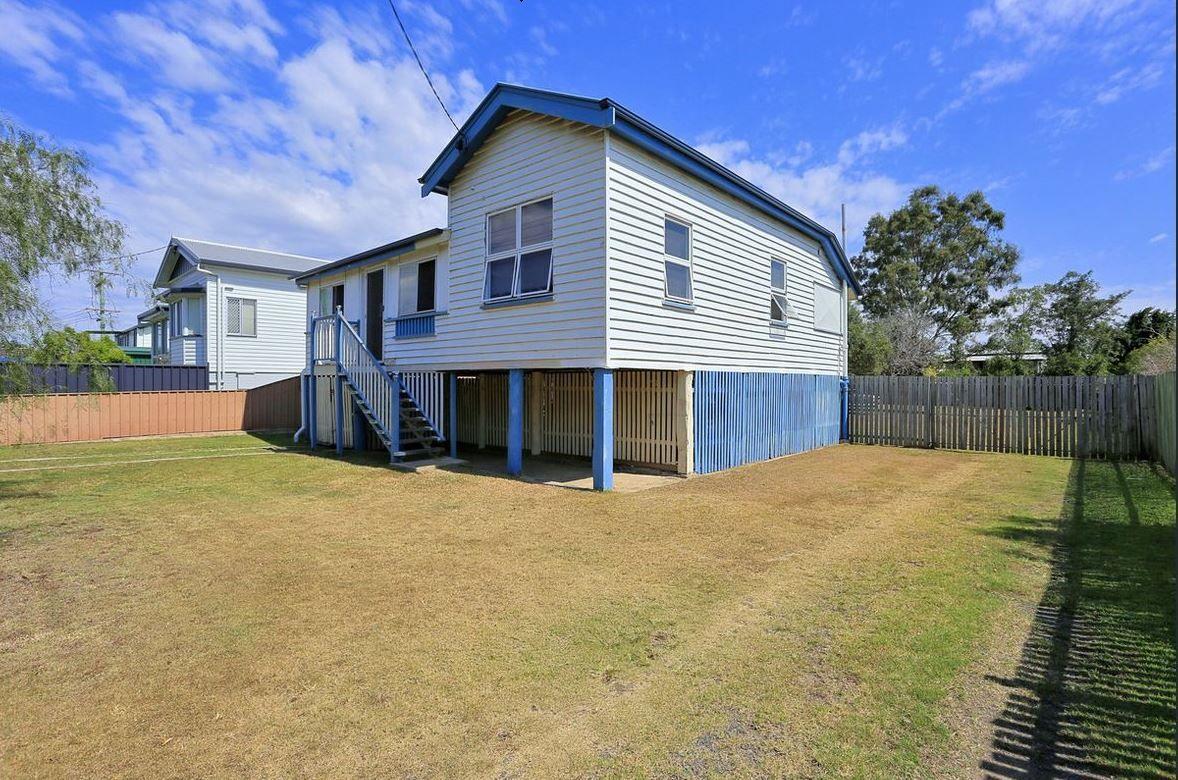 37 Hinkler Avenue, Bundaberg North QLD 4670, Image 0