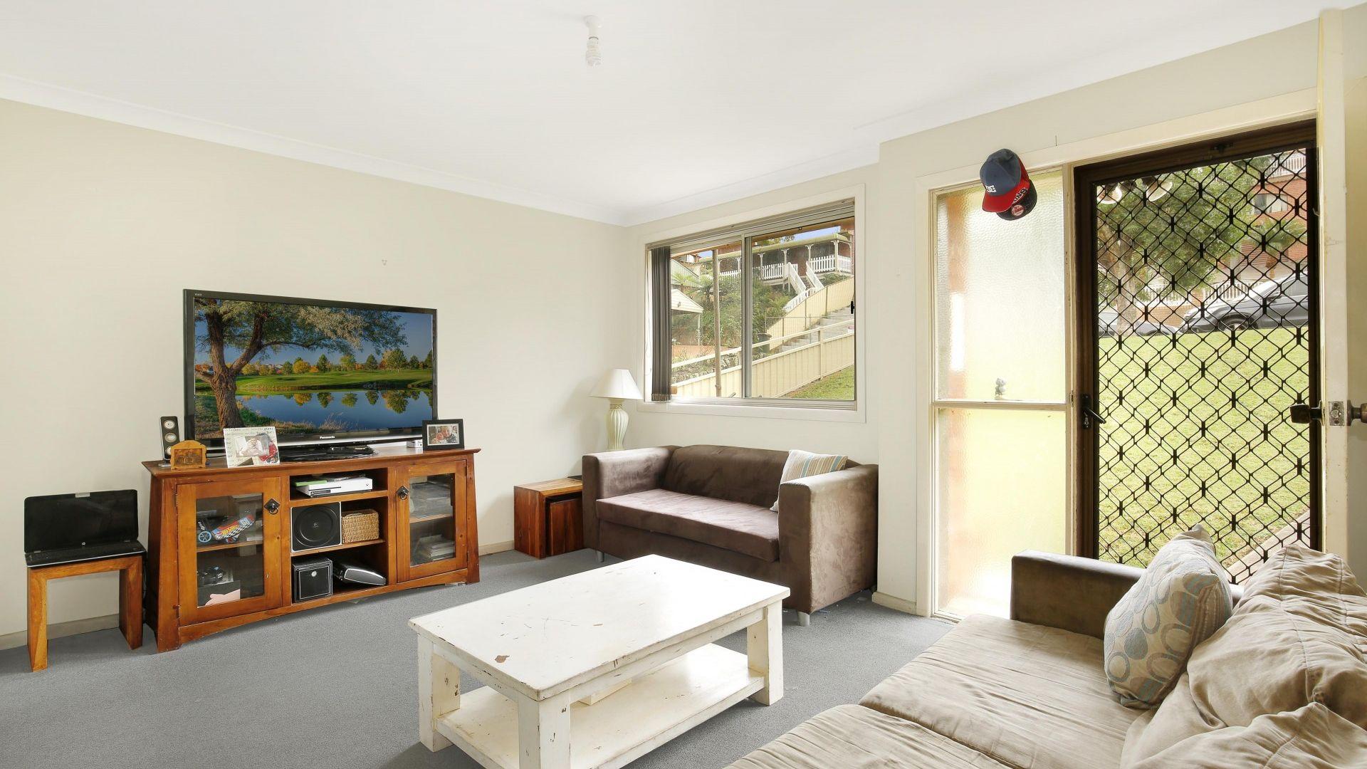 19 Bruce Street, Unanderra NSW 2526, Image 1