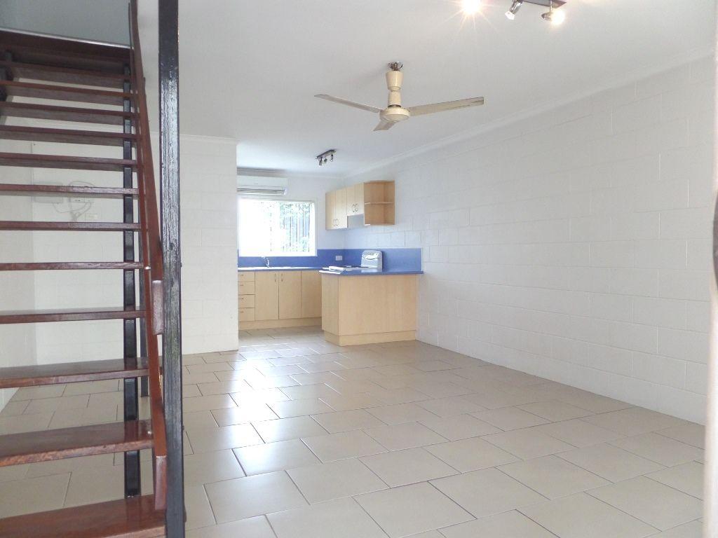 2/6 Byron St, MacKay QLD 4740, Image 1
