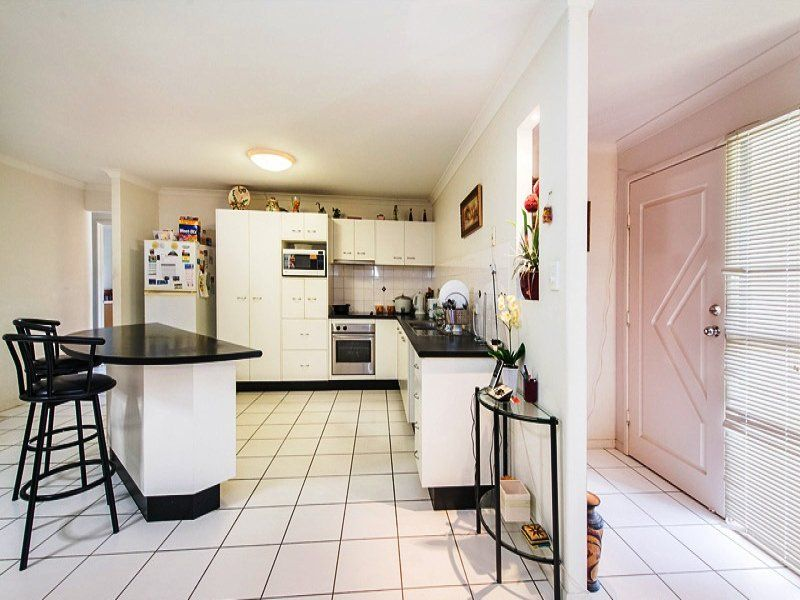 3 Gardenvale Court, Norman Gardens QLD 4701, Image 2