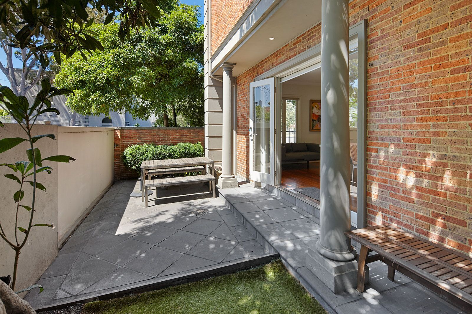 18 Anderson Street, South Melbourne VIC 3205, Image 2