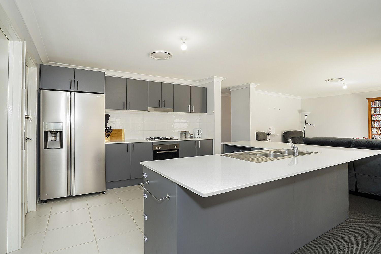 8 Cornwell Street, Thornton NSW 2322, Image 2