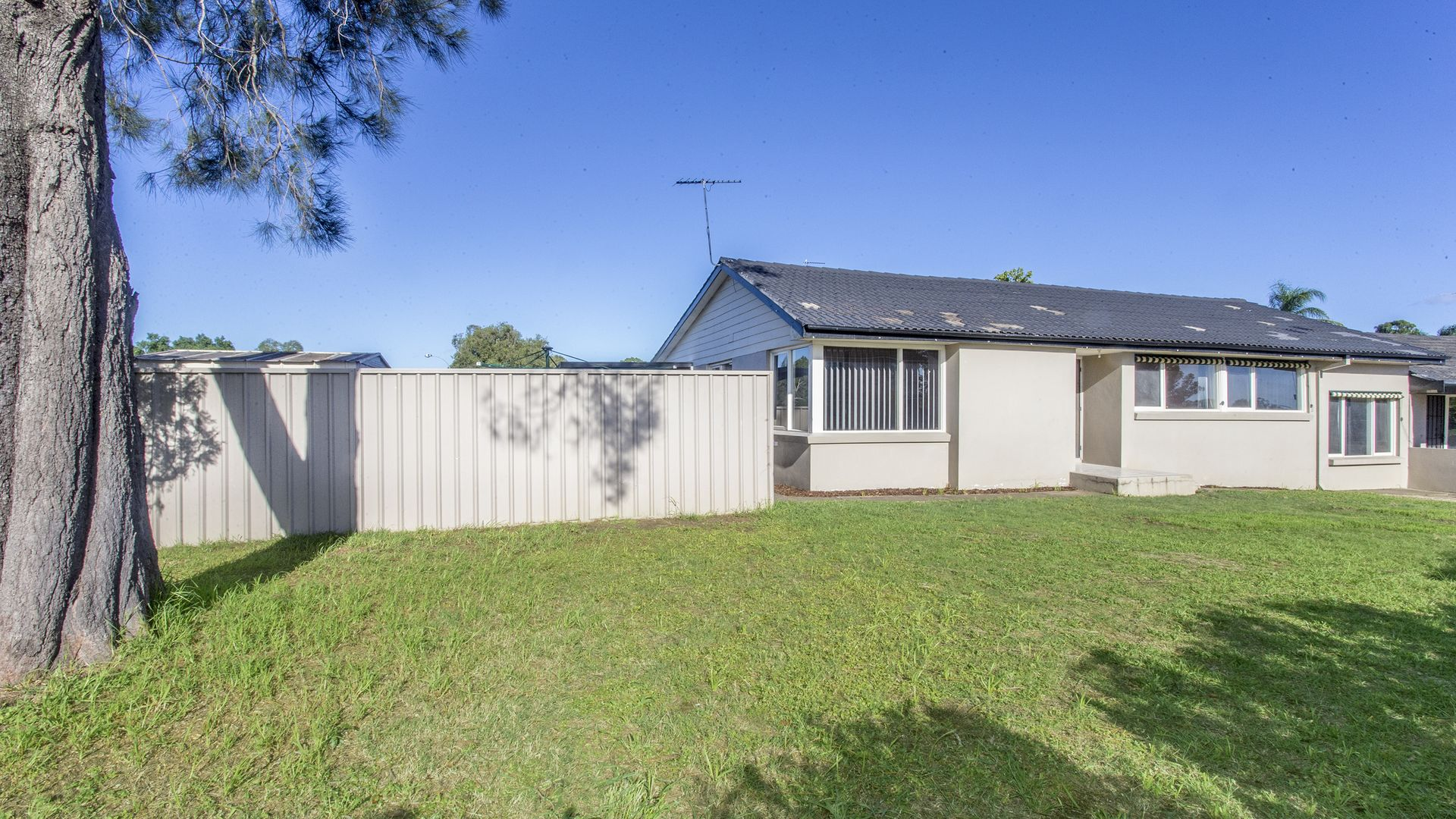 1a Mosley Avenue, South Penrith NSW 2750, Image 2
