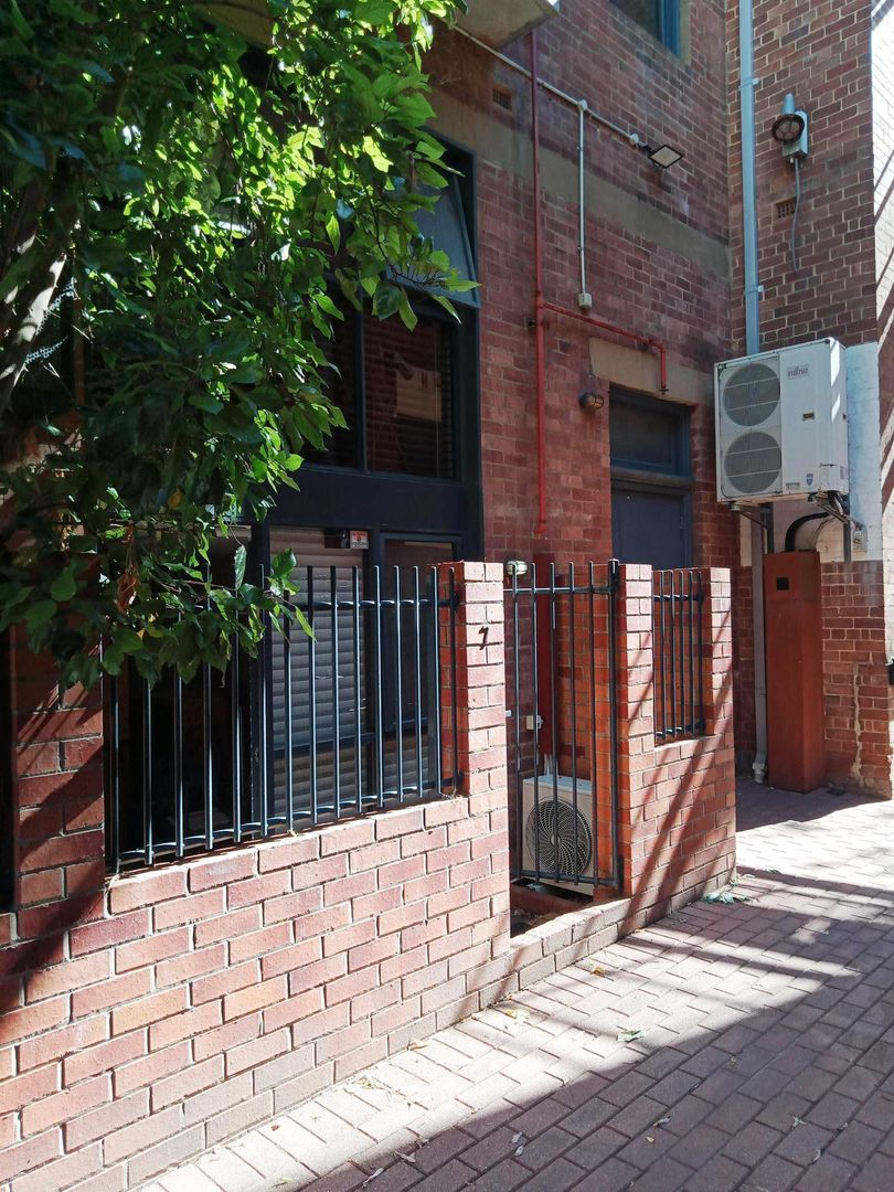 2 bedrooms Apartment / Unit / Flat in 7/838 Hay Street PERTH WA, 6000