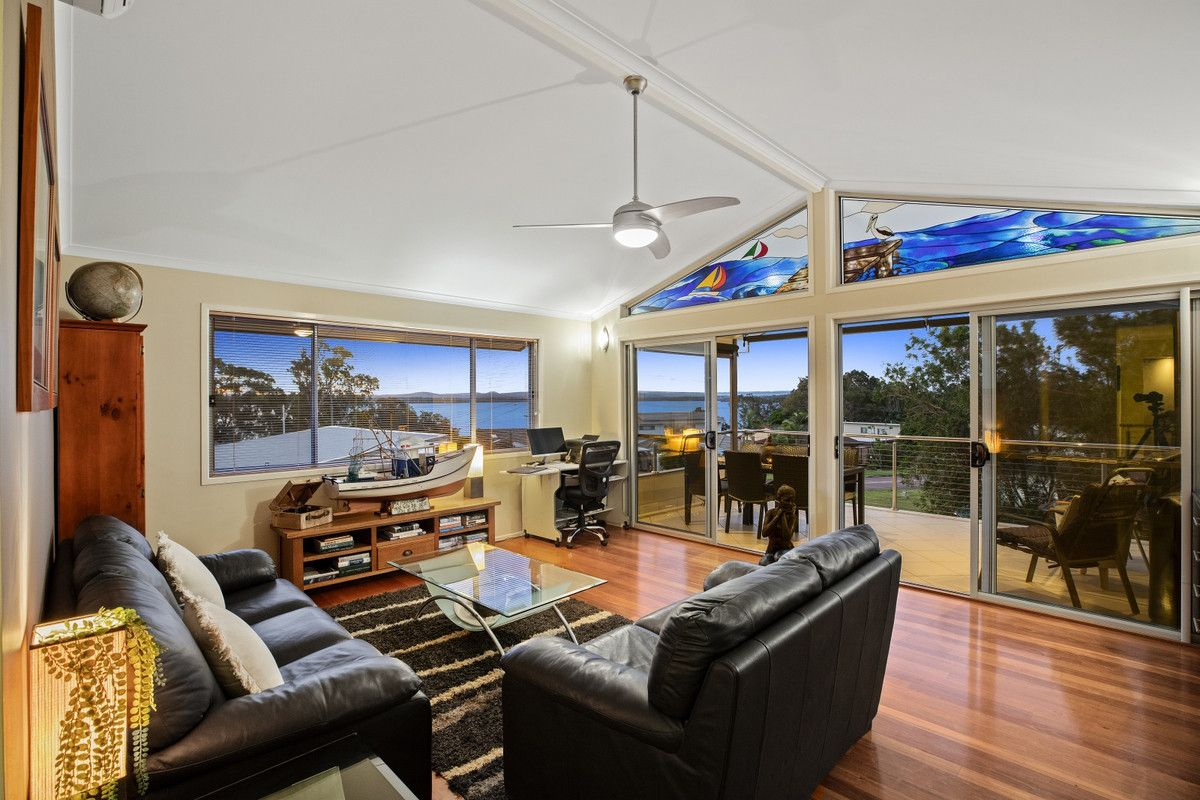 13 First Avenue, Toukley NSW 2263, Image 0