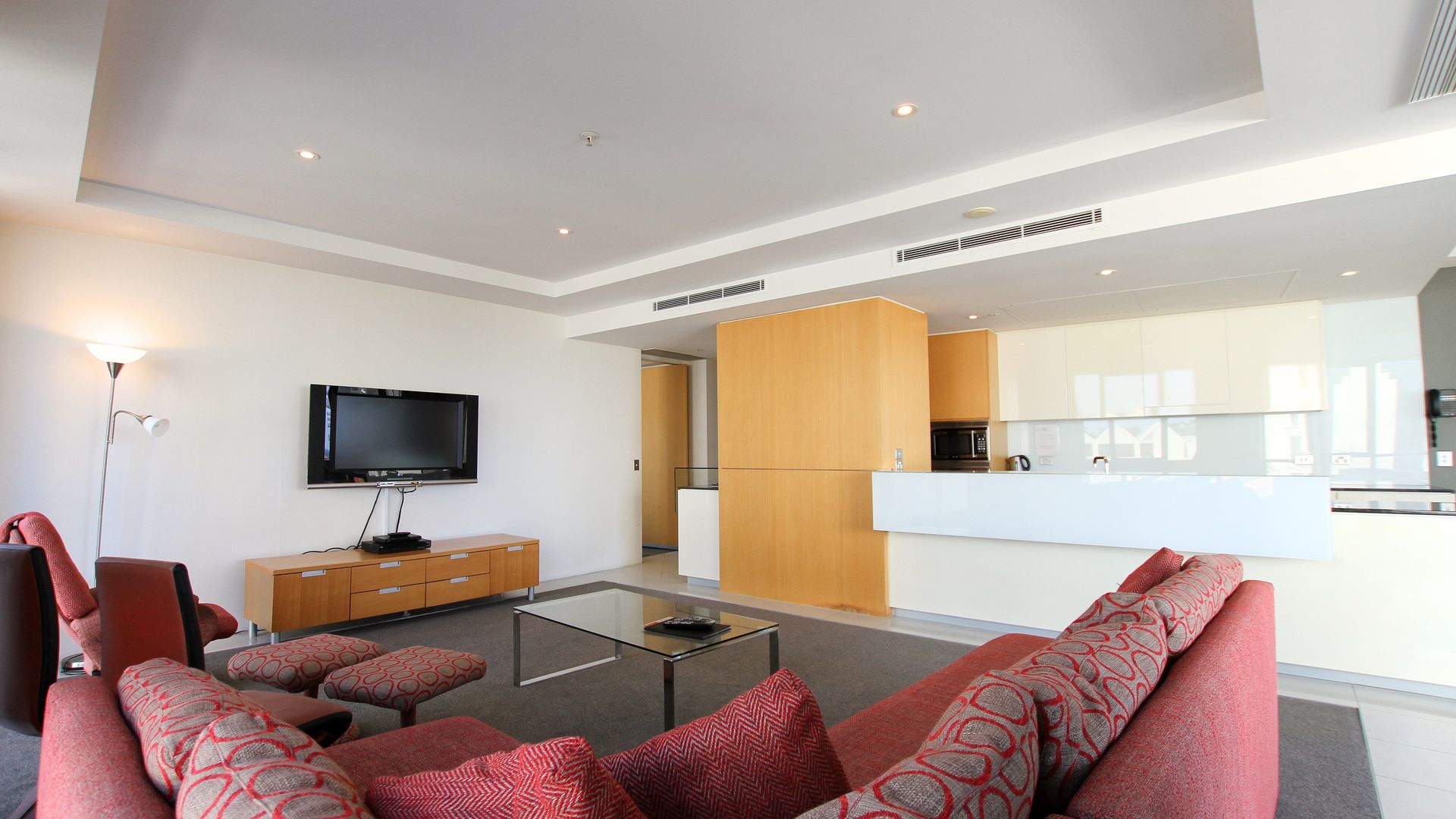 504/19 Albert Avenue, Broadbeach QLD 4218, Image 2