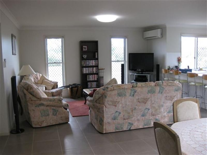 2A Macgregor Avenue, Highfields QLD 4352, Image 2