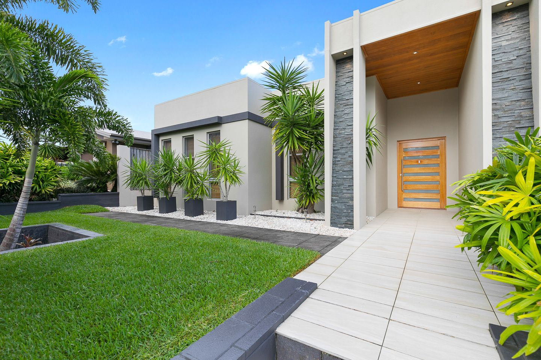 15 Parklands Boulevard, Wondunna QLD 4655, Image 2