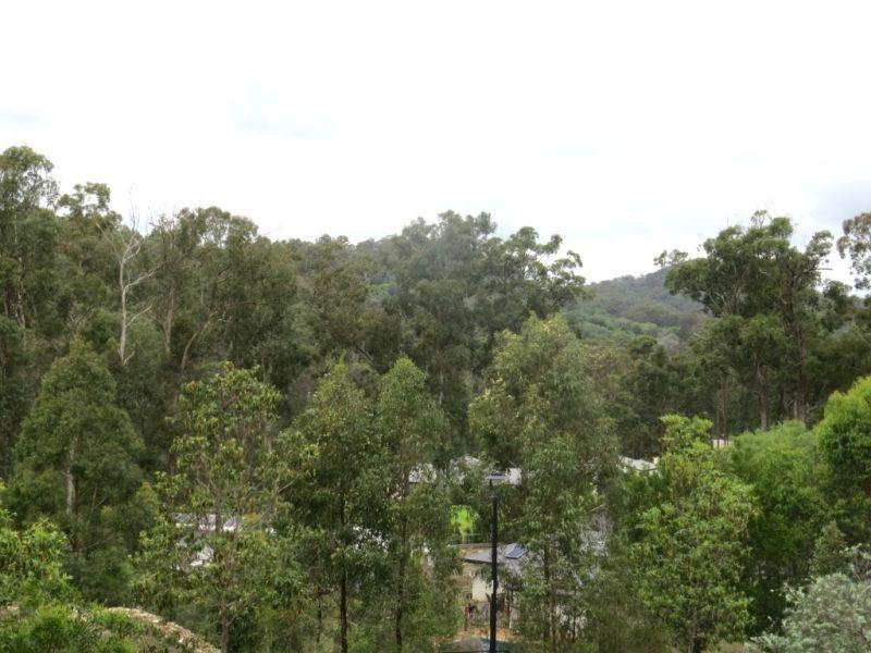 7 Woodland Avenue, Mount Nathan QLD 4211, Image 0