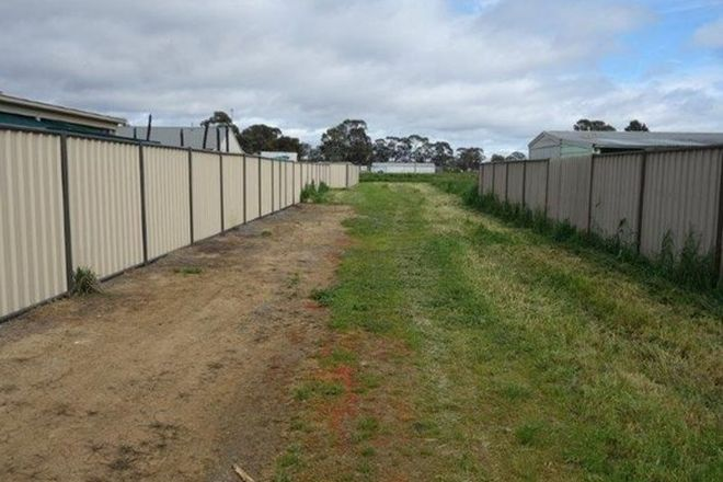 Picture of 17 Smith Street, CARISBROOK VIC 3464