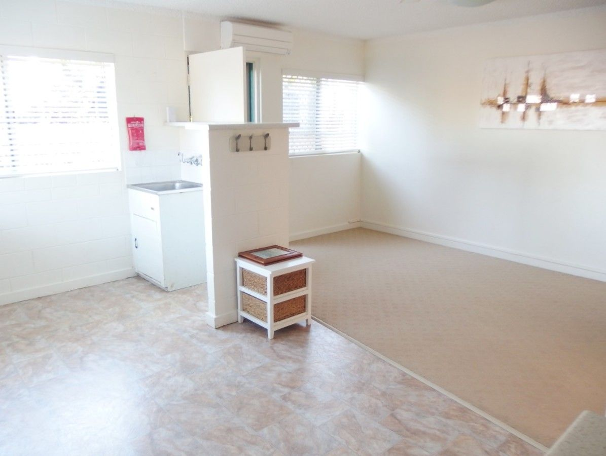 1/23 Mary Street, West End QLD 4810, Image 2