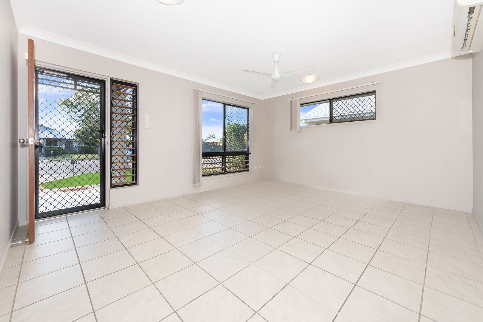 10 Beresford Court, Kirwan QLD 4817, Image 1