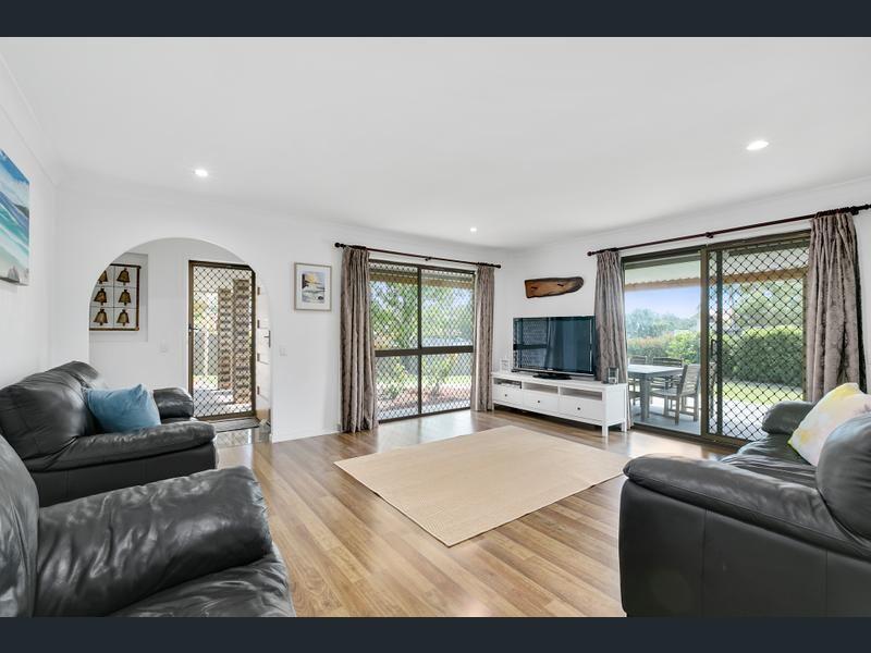 20 Numeralla Avenue, Ashmore QLD 4214, Image 2