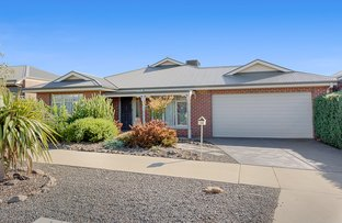 Picture of 106 Clifton Drive, Bacchus Marsh VIC 3340