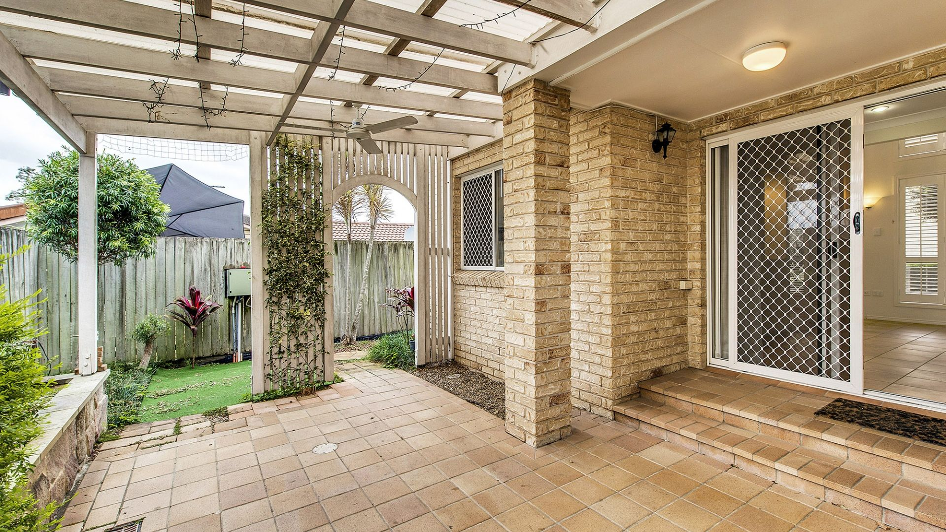 4/5 Herbertson Road, Carina Heights QLD 4152, Image 2