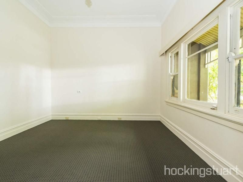 326 Richardson Street, Middle Park VIC 3206, Image 2