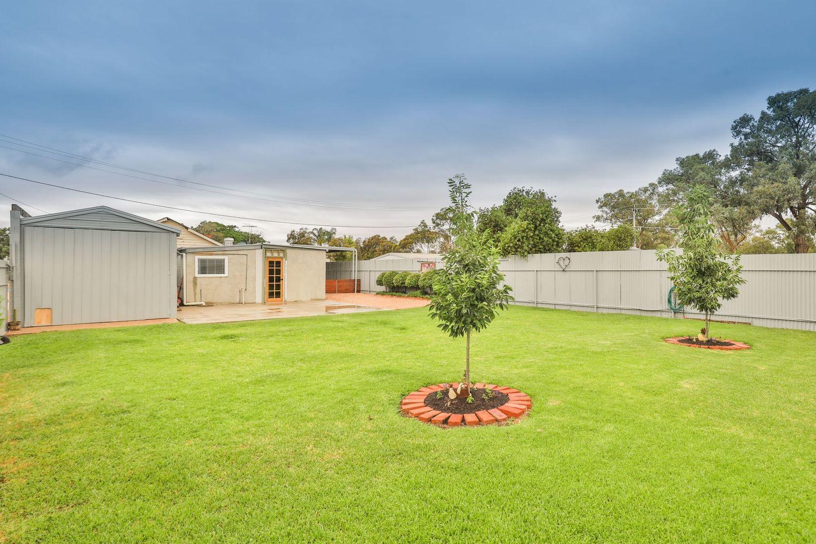 13 Gunn Street, Wentworth NSW 2648, Image 2