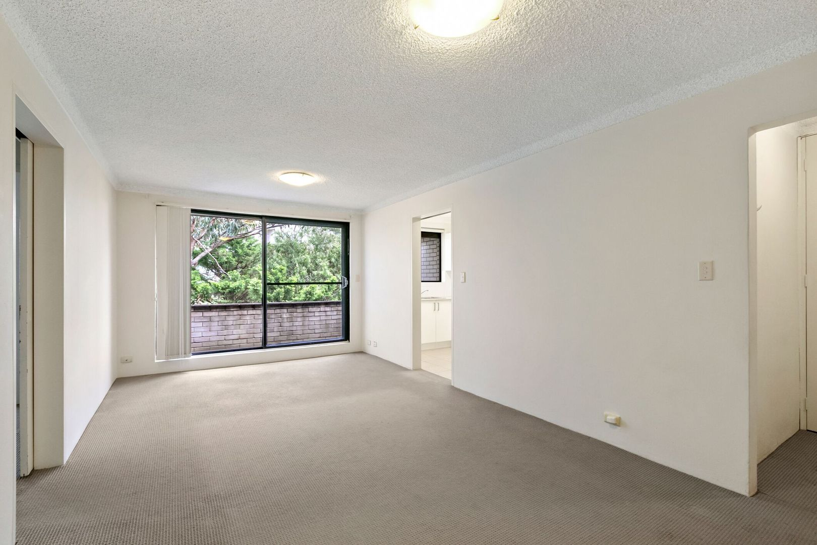 15/4-10 Darling Street, Kensington NSW 2033, Image 2