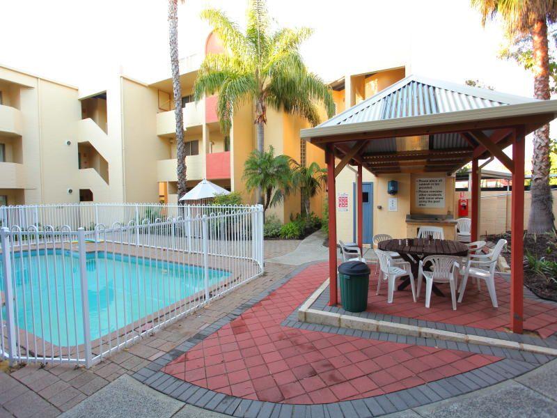 1/61 Elizabeth Street, South Perth WA 6151, Image 0