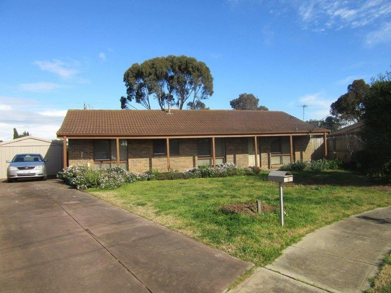 5 Troy Court, Werribee VIC 3030, Image 2