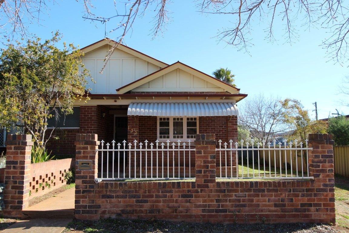 132 DeBoos Street, Temora NSW 2666, Image 0