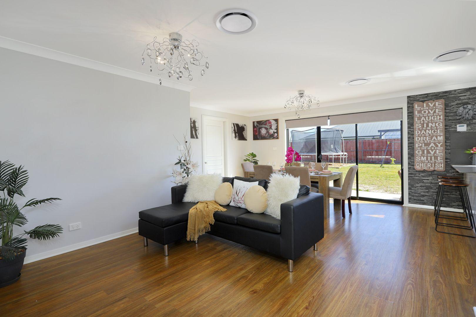 9 Oaks Street, Pitt Town NSW 2756, Image 2