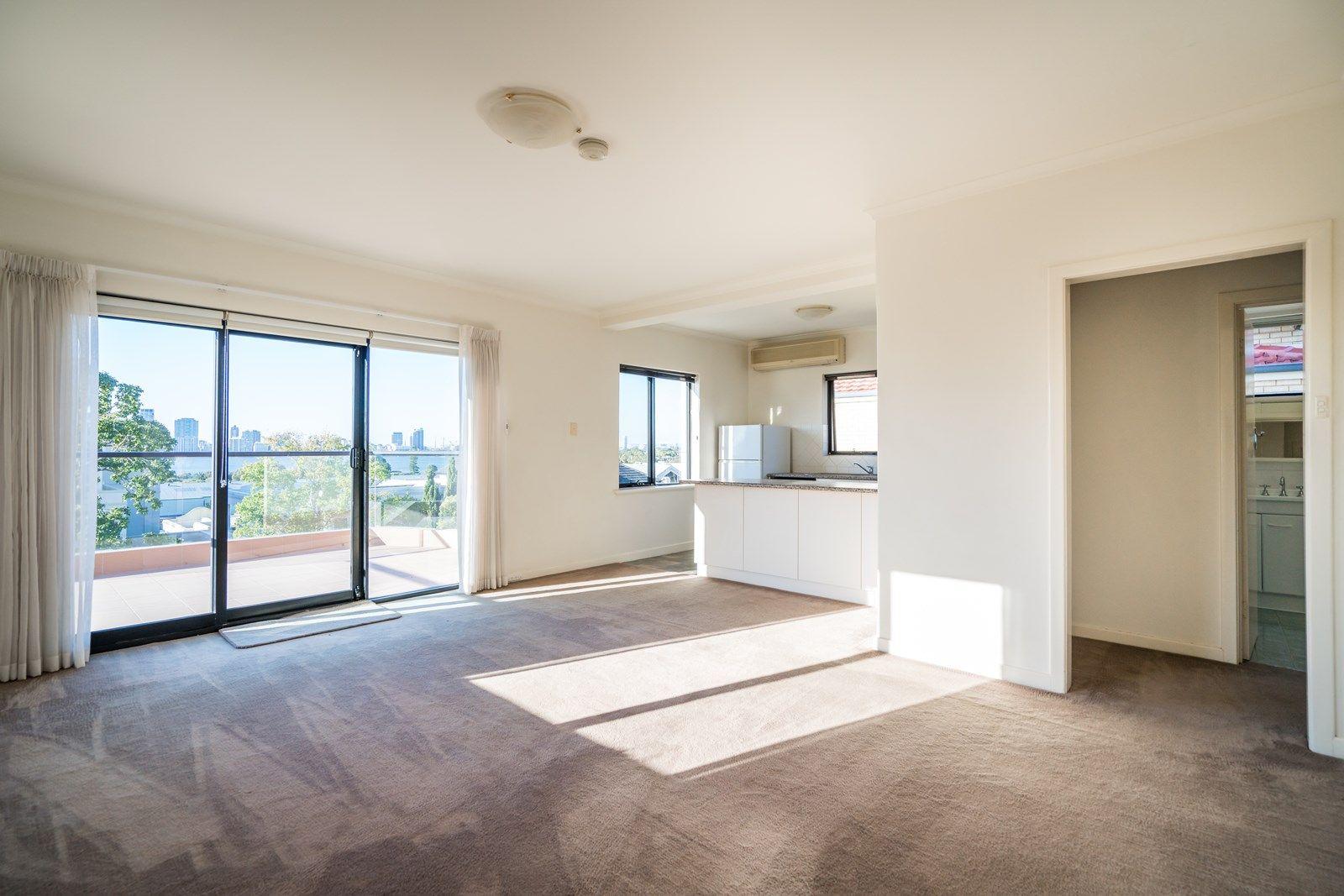 3/2 Rose Avenue, South Perth WA 6151, Image 1