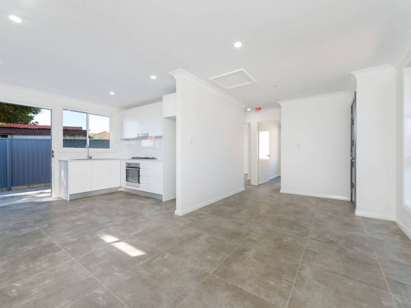 102a Seven Hills Road South, Seven Hills NSW 2147, Image 0