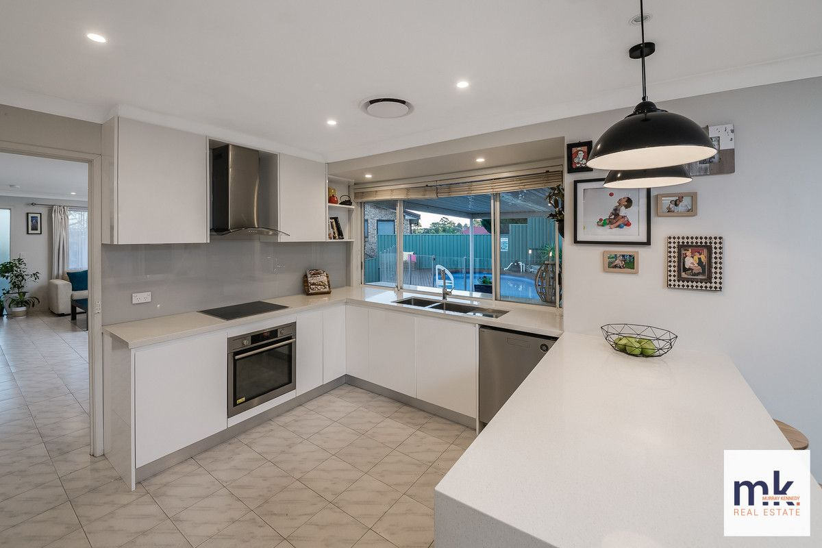 13 Kelso Place, St Andrews NSW 2566, Image 2