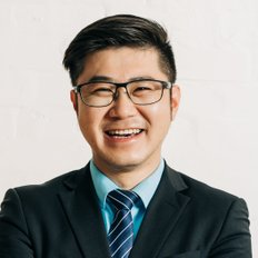 Chris Zhang, Property manager