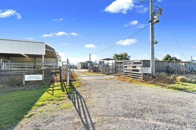 Picture of 31 Fosterton Road, COBAINS VIC 3851