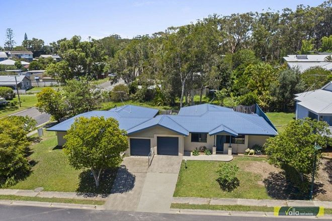 Picture of 27 Vernon Street, SCOTTS HEAD NSW 2447