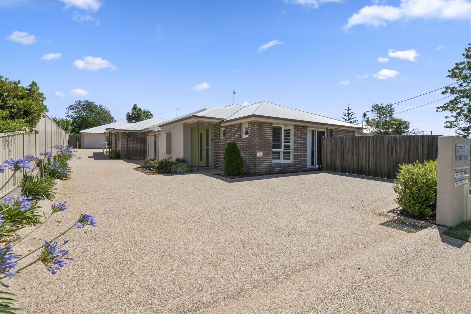3/7 Gostwyck Street, Newtown QLD 4350, Image 0
