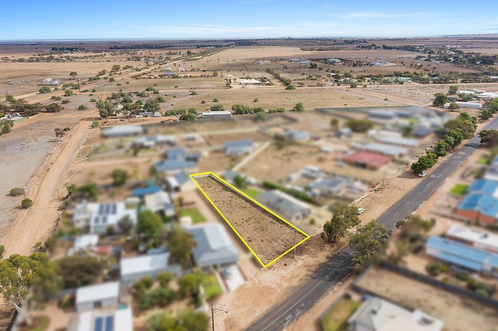 38 Lipson Road, Kadina SA 5554, Image 2