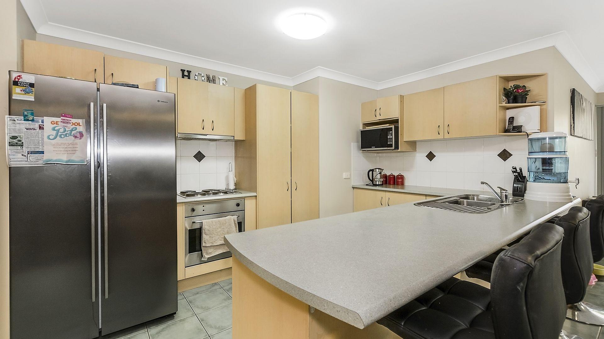 4 Begonia Street, Ormeau QLD 4208, Image 2