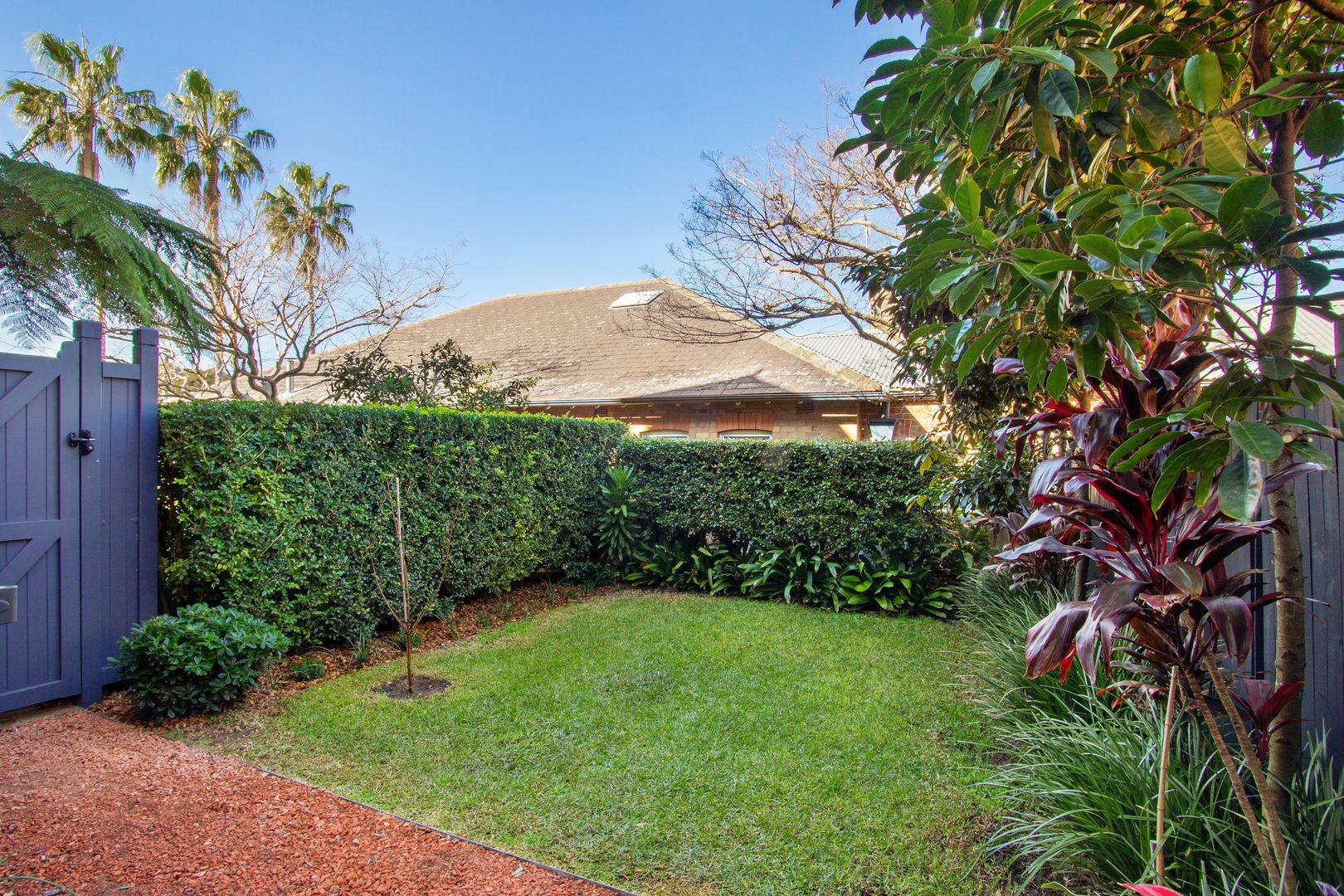 2/40 Ben Boyd Road, Neutral Bay NSW 2089, Image 1