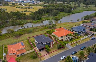 Picture of 62 Golden Bear Drive, Arundel QLD 4214