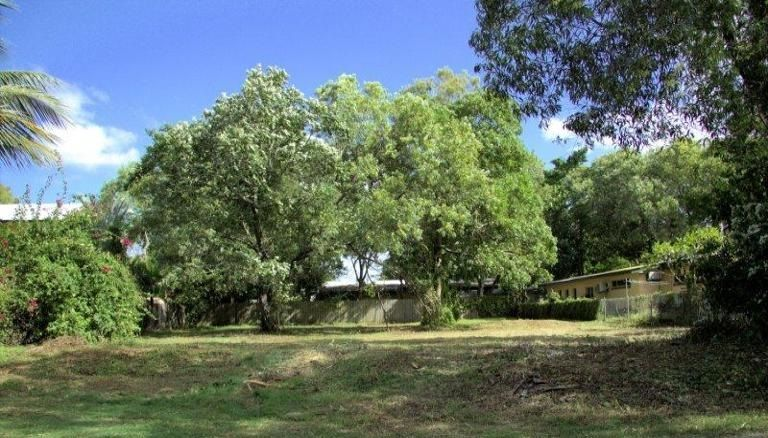 63 Willow Street, Holloways Beach QLD 4878, Image 1