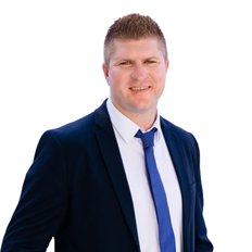 Matt Miller, Sales representative
