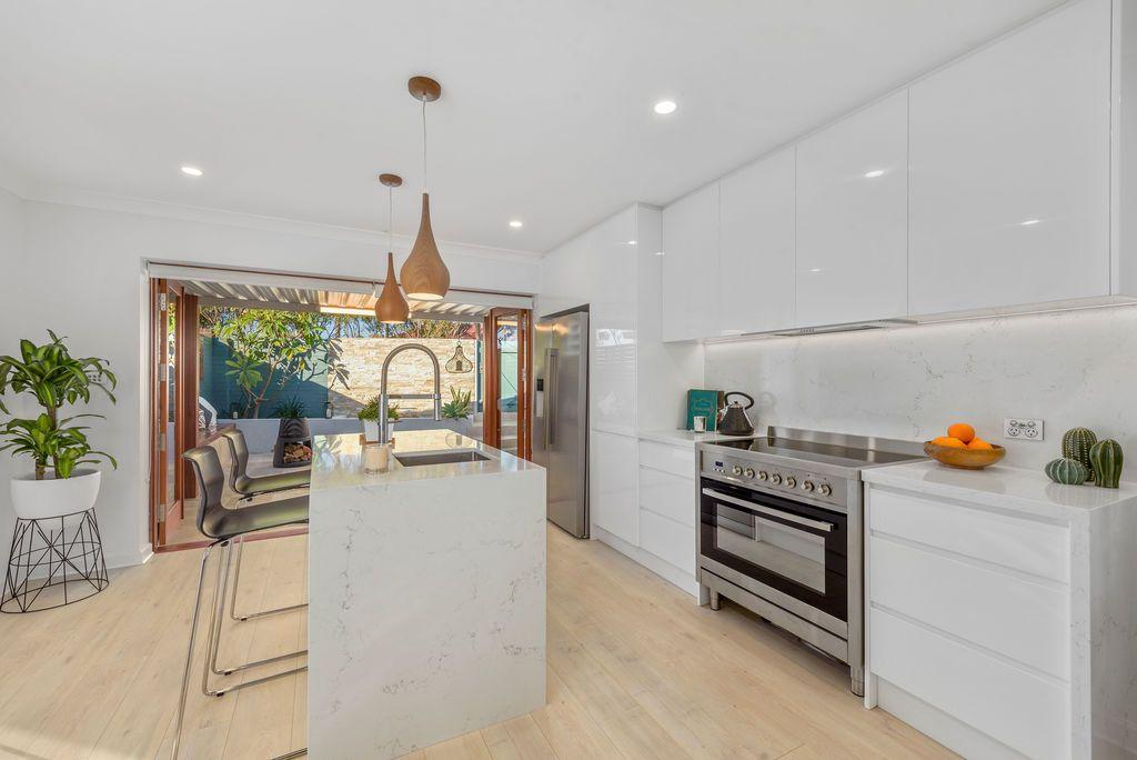 6 Smith Street, Eastgardens NSW 2036, Image 2