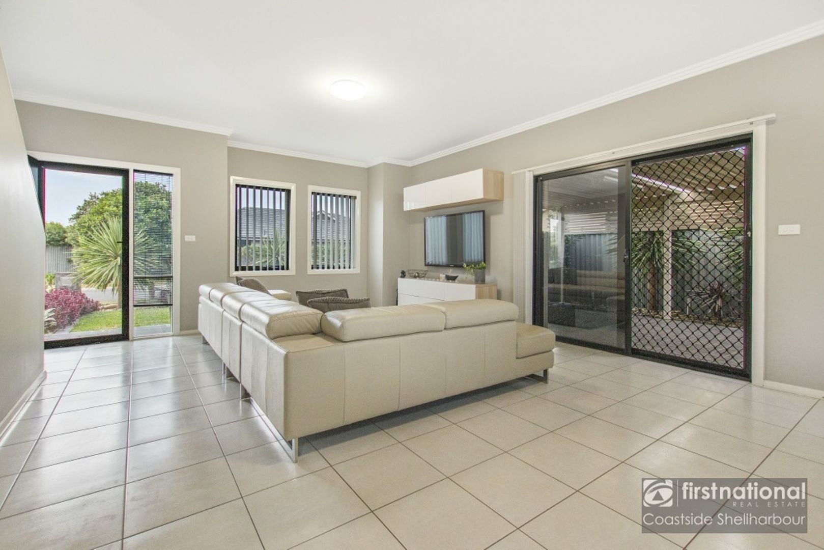 2 Waterview Avenue, Haywards Bay NSW 2530, Image 1